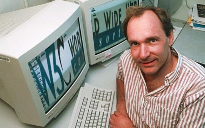 Prvi sajt u svetu je objavljen pre 25 godina